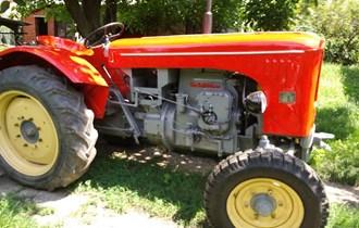 Traktor Schluter Kupim Moze Defekt