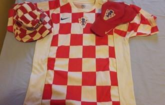 Hrvatski orginal nike dres iz 2004 kapa silt nike i sesiric