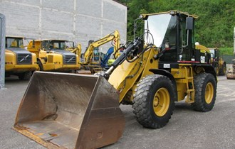 Utovarivač Caterpillar 924G