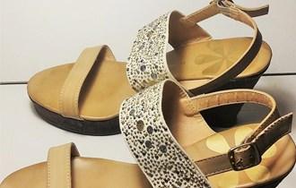 Ženske sandale na punu petu 38