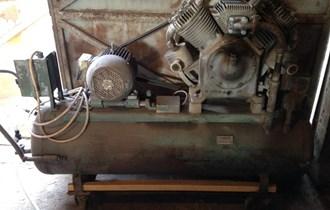 Kompresor Trudbenik 250L, pjeskara Tesi 80, komora 2x1x1m