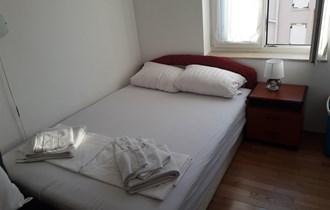 Namješten apartman - Novalja