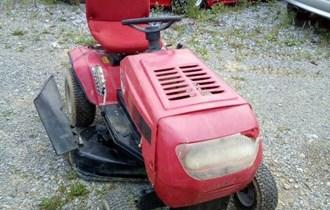 Traktor kosilica MTD 12,0ks 2007. godina