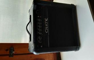 Pojačalo Crate GT15R