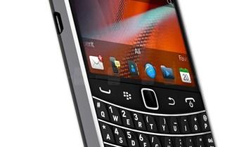 BlackBerry Bold Touch 9900,sve mreze,whatsapp,8GB,kao novi,hr meni