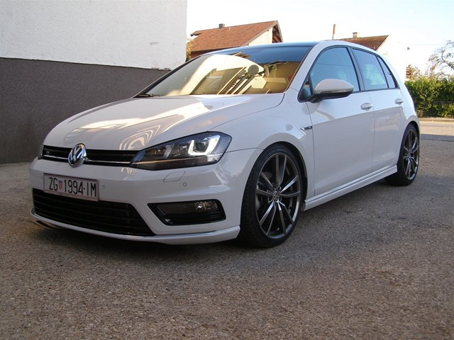vw golf vii 2 0 tdi r line index oglasi. Black Bedroom Furniture Sets. Home Design Ideas