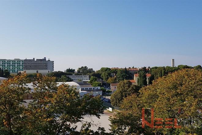 Pula, Šišansko naselje trosoban stan 77m2 na trećem katu