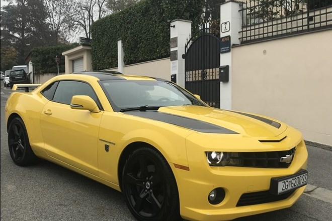 Chevrolet CAMARO TRANSFORMERS EDITION BUMBLEBEE LIMIT EDITION !!! Limitirana serija od 371 komad. Kupljen novi u Hrvatskoj 13.06.2012.