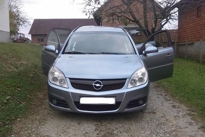 Opel Vectra Karavan 1.9 CDTI 88kw 6-brzina redizajn reg 7/2019 mog zamjena