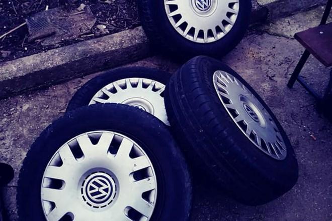 Michelin gume+čelične felge 15 rupe 5x100, 4 kom.