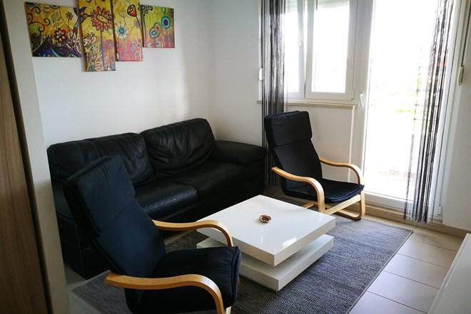 Trosoban stan u Solinu, sv. Kajo, garaza+vanjsko parkirno+ostava