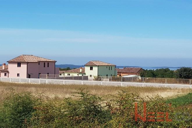 Galižana, građevinska zemljišta s pogledom na more, 60€/m2