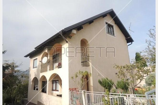 Prodaja, kuća, Perjavica, Samostojeća, 200m2