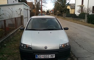 Fiat Punto 1.2 44kw 2002. god. reg:01/2020