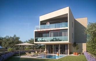 Moderna apartman samo 300 m od mora u gradu Krku! s1753