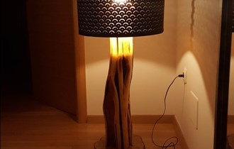 Unikatne drvene lampe