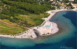 Starigrad, Paklenica, zemljište, 1.921 m2, prvi red do mora