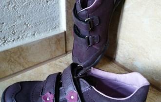 Kožne cipele br. 28