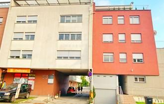 PRODAJA, GARAŽA, PETROVA, 13 m2