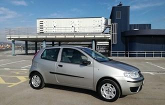 Fiat Punto 1,2 Dynamic,Garažiran,oprema