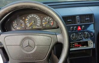 Mercedes-Benz C-klasa 200