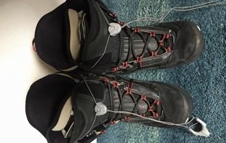 Snowboard s bucama