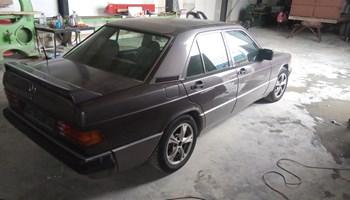 Mercedes-Benz 190 2.6 sportline