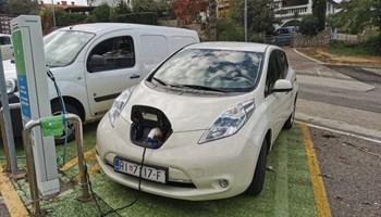 Nissan Leaf električni
