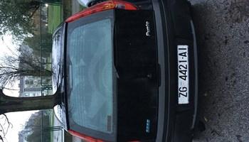 Fiat Punto 1.2 s 2002 g registriran godinu 1000€