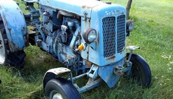 Traktor Schluter   Kupim Moze  Nekompletan-Neispravan-Rastavljen