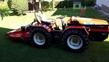 Traktor AGT INO i malčer