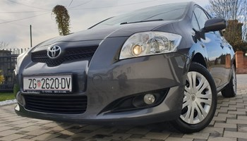 Toyota Auris 1.6 VVTI 1.VLASNIK-NIJE UVOZ-SAMO 59000KM-ORIGINAL -SERVISNA-VRHUNSKO STANJE