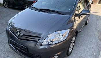 Toyota Auris 1.4 d-4d, 66kw