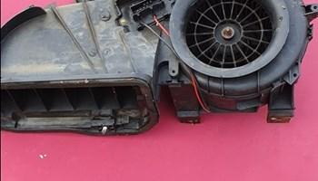 Renault clio 2 ventilator kabine sa kučištem 300 kuna