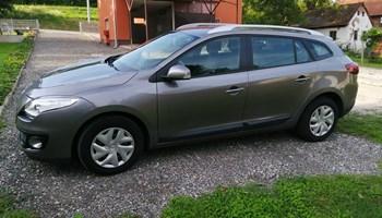 Renault Megane Grandtour 1.5 DCI ~~IZVRSNO STANJE ~~BEZ ULAGANJA ~~~NAPRAVLJEN VELIKI SERVIS ~~MALI POTROSAC ~~