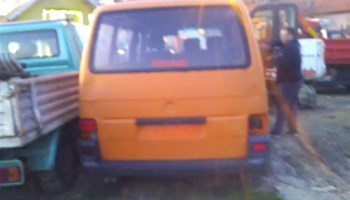 VW Transporter 2.4 D,PUTNIČKI