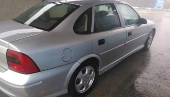 Opel Vectra b 2.0dti redizajn 1999g