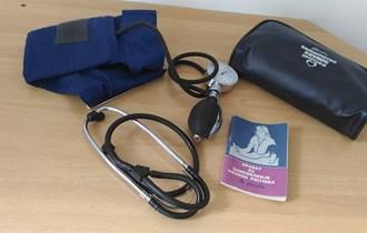 Tlakomjer sa stetoskopom