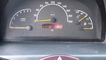 Mercedes-Benz V-klasa Vito v220