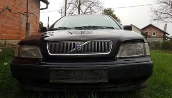 Volvo S40 1.9td 95ks 2000g cijeli ili dijelovi
