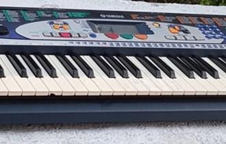 Klavijatura yamaha PSR-160