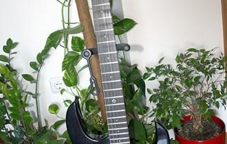 LAG Arkane A66 (*cijena nije fiksna) super-strat HSS gitara