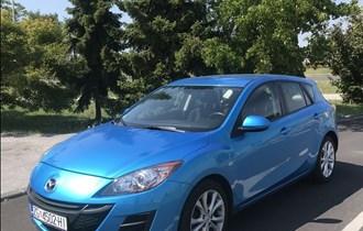 "Mazda 3 110Eco SPORT,PDC,LCD, Radar control,Tempomat,Servisna Knjiga,REGISTRAN , !!!  Godina proizvodnje 28.09.2010 god. Kupljen nov 10.01.2011 \""Mazda Munchen ""  Model 2011god za evropsko trziste ...  Prvi Vlasnik auto s 145000km !!!"