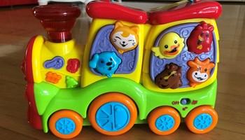 PLAYGO Veseli glazbeni vlakić (Happy Sound Train)