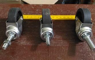 Mali kotači s postoljima, 3 komada