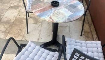 Stolovi i stolice za terasu