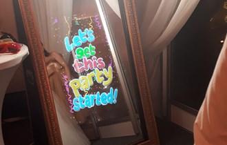 Funky mirror - photobooth