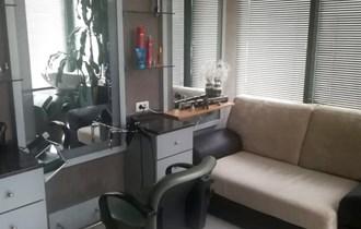 Oprema za frizerski salon (stolice, ogledala, ormarići, kada, dvosjed itd.) - BUZIN, Novi Zagreb