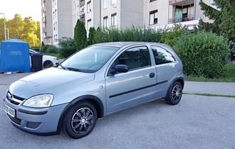 Opel Corsa  1.2 16v Essentia God:2004/05 Reg do:29.12.2019g 174.500km  ------ Klima i Sva Ostala Oprema Radi!! ------ Uredno Servisirana !! ------- Garažirana Redovito!! ------ Zagreb:098/929-6050 Cijena : 1.550€€