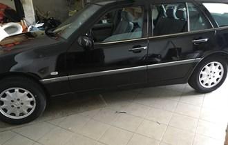 Mercedes-Benz C-klasa T-model 250 td